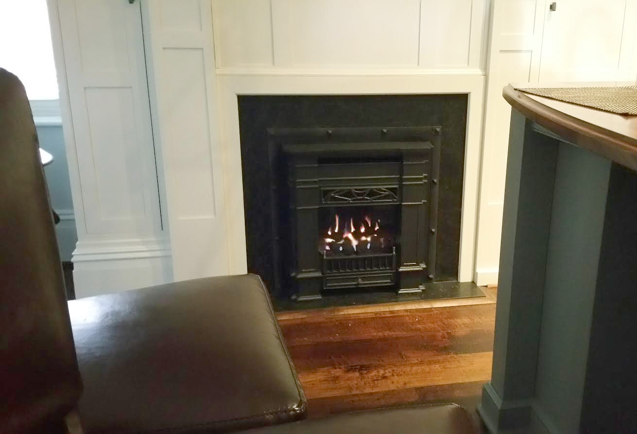 senator gas insert for small fireplaces