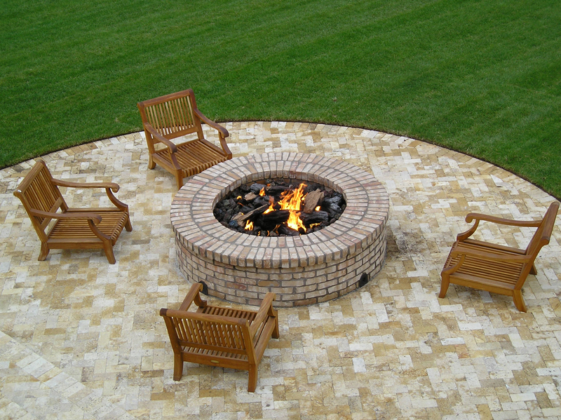 Chat Height Fire Pits