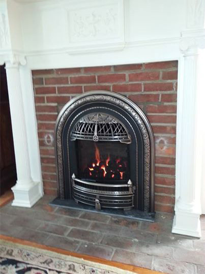 The Windsor gas insert  offers true vintage stye and Victorian elegance to your fireplace while providing exceptional heating efficiency
