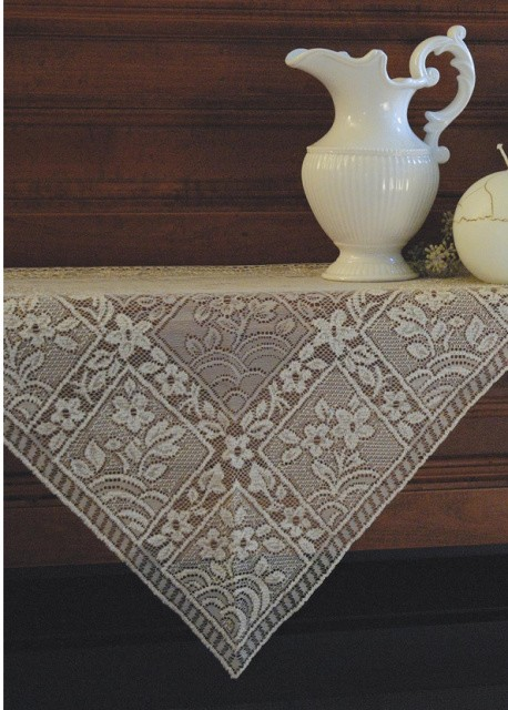 Chantilly Mantel Scarf